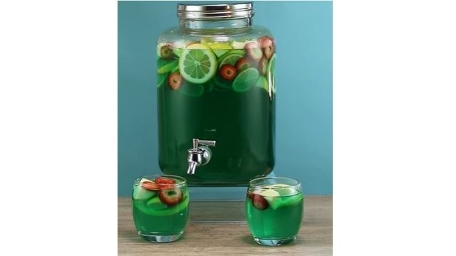 Read more about the article What Fruit Goes In Jungle Juice To Best Juice Making