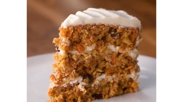 Read more about the article Golden Corral Carrot Cake Recipe | Classic, Moist, And Cream Cheese Frosting Cake