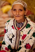 BHALIL * The old woman