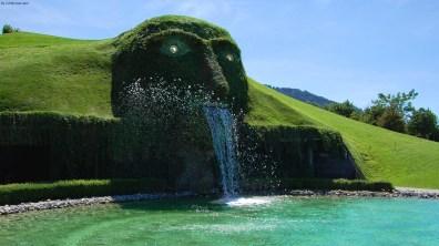 Crystal Giant, Austria