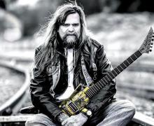 """Ex-W.A.S.P. Guitarist Chris Holmes, """"I remember partying with Cliff Burton all the time"""""""