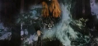 "Tori Amos Premieres Lyric Video for New Track ""Reindeer King"""
