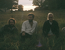 "VIDEO: Shout Out Louds ""Porcelain"" – New Album 'Ease My Mind' Out Now, Listen!"
