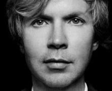 """Beck """"No Distraction"""""""