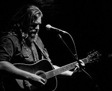 """White Buffalo """"I Am The Moon"""" – 'In the Garage'"""