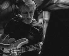 "Roger Waters: Studio Clip from ""Is This The Life We Really Want"" Recording Sessions"