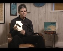 Noel Gallagher Gets Tenth #1 Album in the UK w/ 'Who Built The Moon?'