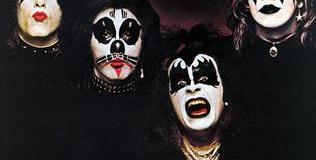Nikki Sixx Talks 1st KISS Album & Tour 1974