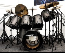 "Iron Maiden: Nicko McBrain's 'Somewhere in Time"" Kit @ Drum One + 'Seventh Son of a Seventh Son'"