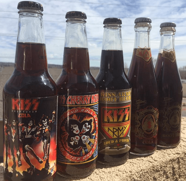Gene Simmons Cola/Root Beer & KISS Cola/Kola Set - MoneyBag/Rocket Fizz