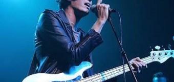 The Strokes: Nikolai Fraiture on Late Night with Seth Meyers w/ 8G Band 2018