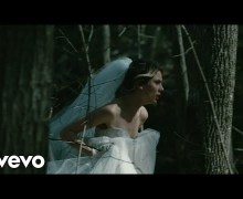 "Wolf Alice ""Space & Time"" Official Video Premiere"