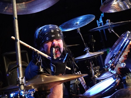 Vinnie Paul Died in His Sleep @ His Las Vegas Home