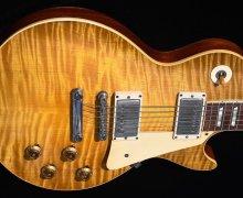 "Joe Bonamassa, ""I encourage all you guitar geeks to follow the Les Paul Forum on Twitter"""