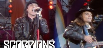 "Scorpions: NEW VIDEO Klaus & Matthias Perform ""Wind of Change"" from 1992"