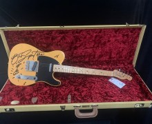 Bruce Springsteen: Signed 1952 Reissue Fender Telecaster Guitar Charity Auction