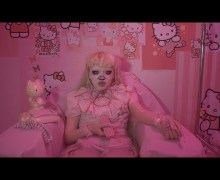 "Ginger Wildheart's Daughter Jazmin Bean Releases New ""Hello Kitty"" VIDEO"