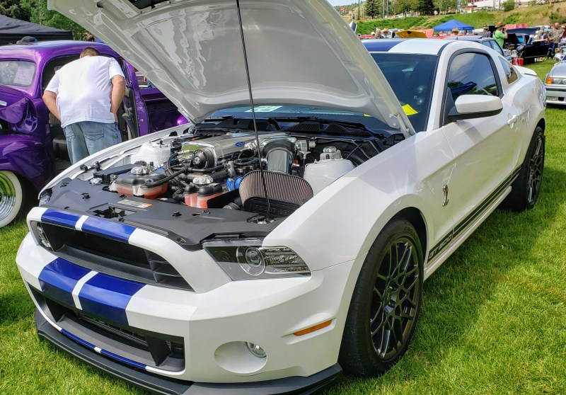 Mustang Cobra with blue racing stripes decals