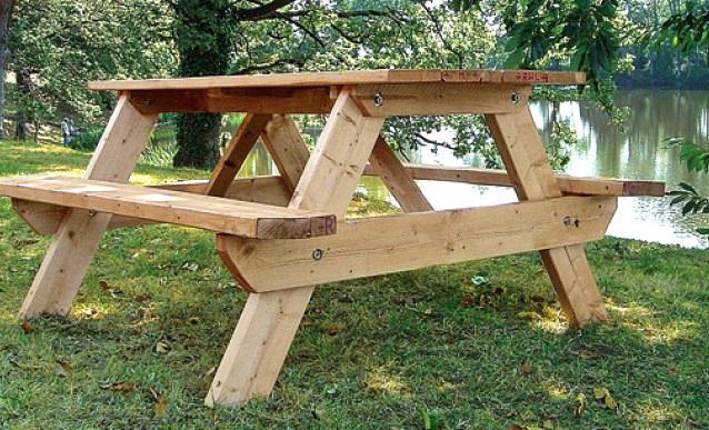 fabriquer table de jardin table en bois