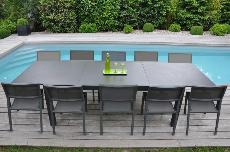 table de salon de jardin pas cher table