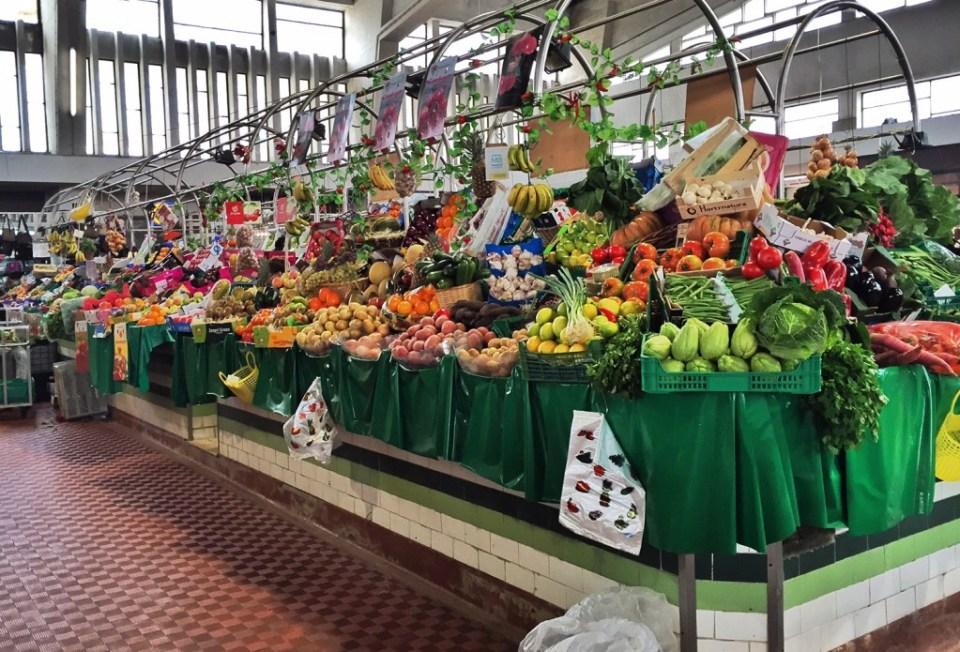 fruit-vegetables-mercado.jpg
