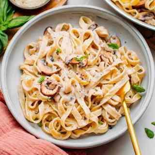Mushroom Pasta with Creamy Peppercorn Sauce