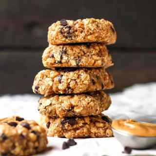 Chewiest Chocolate Chip Granola Bars