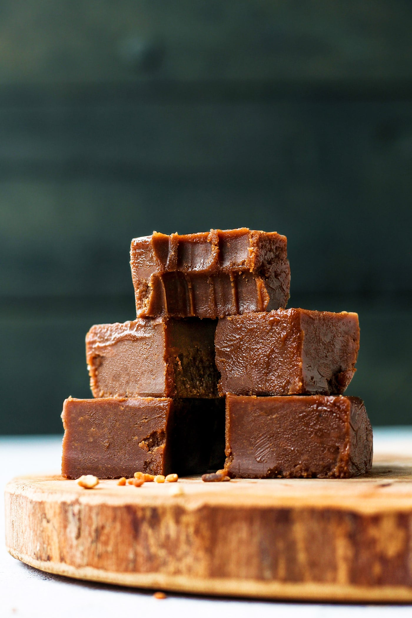 4-Ingredient Vegan Nutella Fudge