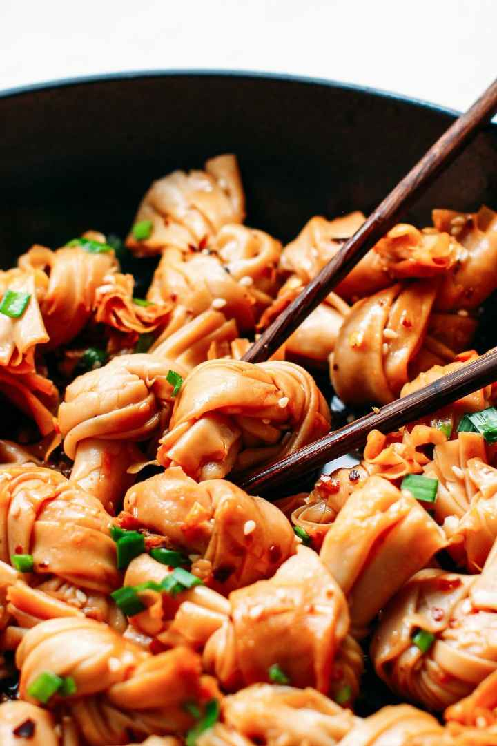 Bean Curd Knots in Spicy Chili Oil