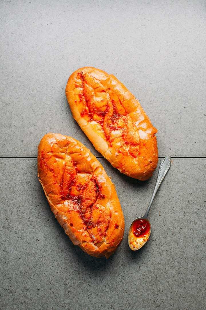 Spicy Vietnamese Grilled Bread (Vegan)