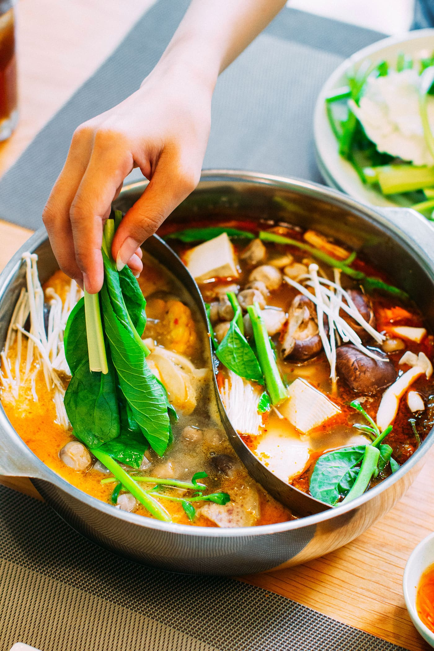 A Guide to Eating Vegan in Viet Nam - Lẩu