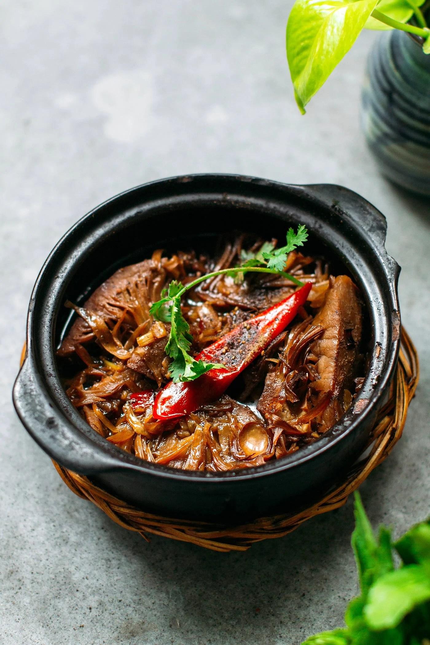 A Guide to Eating Vegan in Viet Nam - Mít Non Kho Nước Dừa