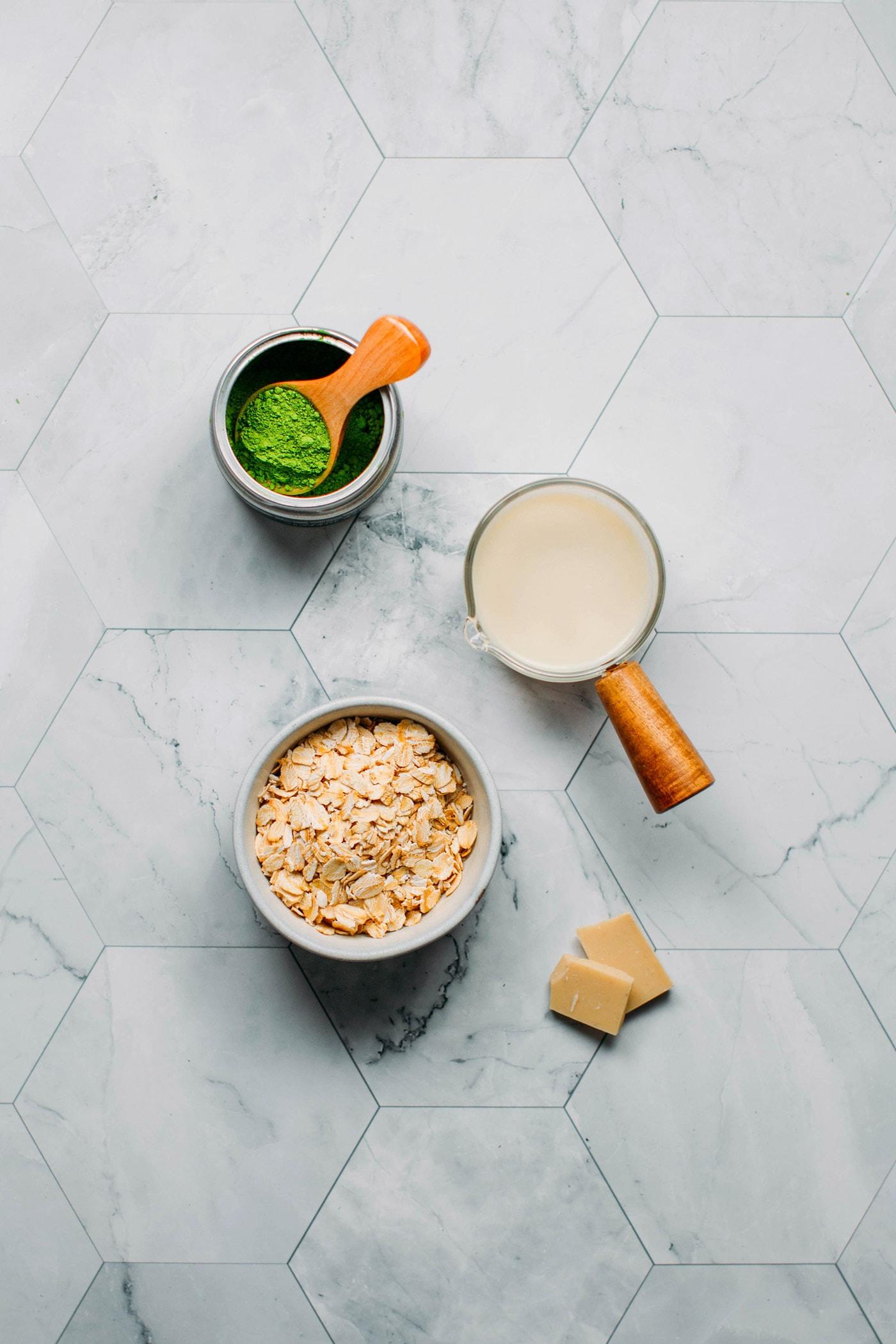 Instant Pot Matcha Oatmeal