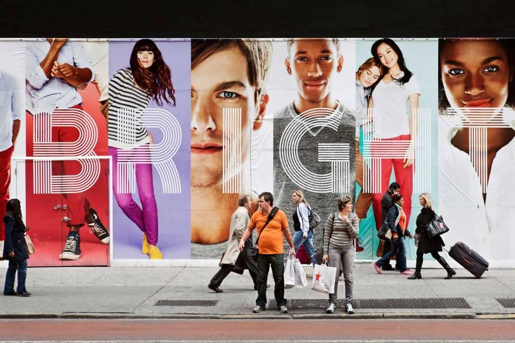 Prostye lyudi v mire reklamnoj roskoshi 6 Простые люди в мире рекламной роскоши