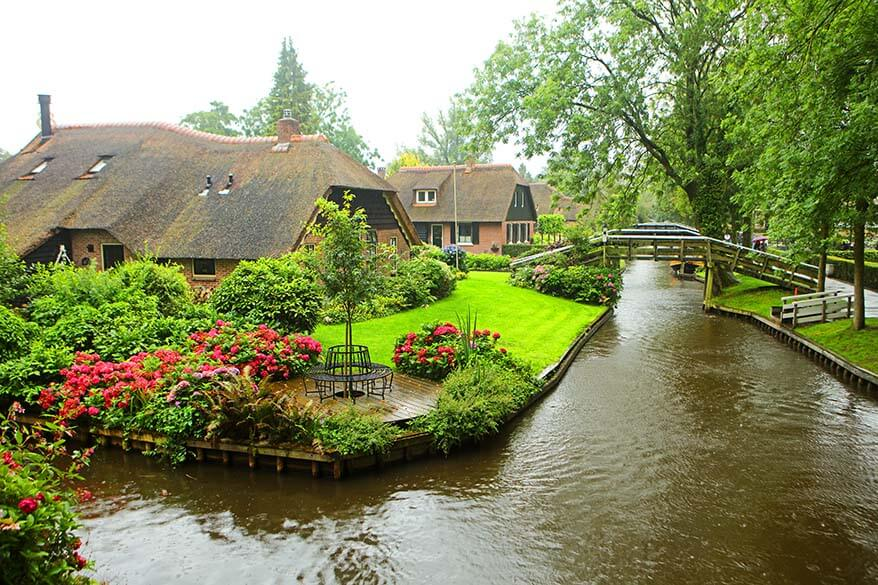 Giethoorn in the Netherlands - just one of the amazing day trips you can make from Amsterdam