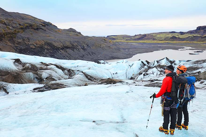 Glacier hiking guides in Iceland