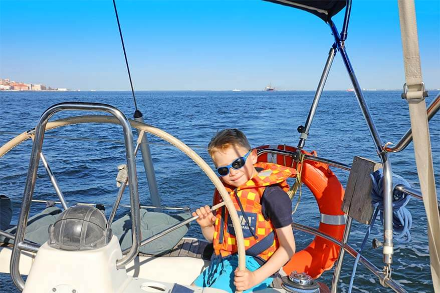 Sailing the Tagus river in Lisbon with kids