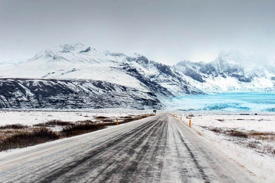 Driving in Iceland in winter - stories, reviews and tips based on experience