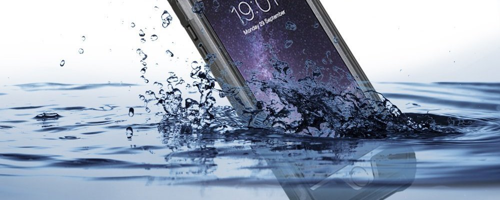 EasySMX iPhone 6/6s Phone Case in water