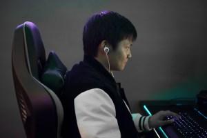 Edifier GM3SE in-ear headphones being worn