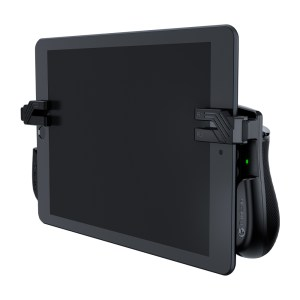 GameSir F7 Claw attached to tablet from front side
