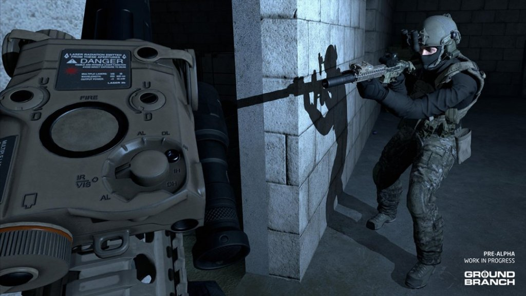 Ground Branch gameplay, players in a corridor