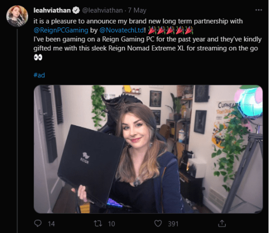 Leahviathan partners with Reign Gaming by Novatech - Leahviathan holding her new equipment on a tweet