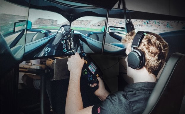 Mercedes-AMG Petronas Esports Team member racing