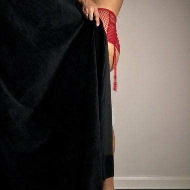 fulltime-lingerie-stylist-bra-fitting-specialist-teases-in-andres-sarda