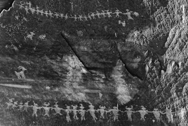 Ancient Anasazi Communications (Petroglyphs)