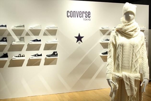 CONVERSE TOKYO(コンバーストウキョウ)展示会の風景1