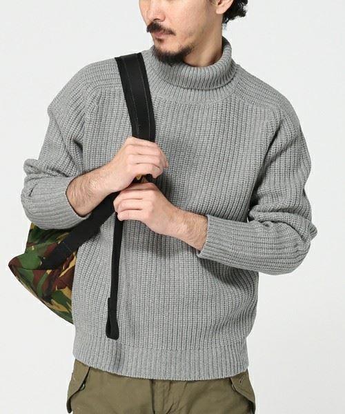 2015年秋冬メンズヒット商品番付小結「ミドルゲージセーター」