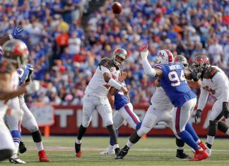 Buffalo Bills batem o Tampa Bay Buccaneers por 30x27