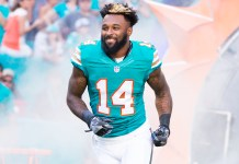 Dolphins aplica Franchise tag em Jarvis Landry